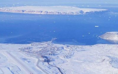 Netaje, ale naopak roste. Největší grónský ledovec zaskočil vědce